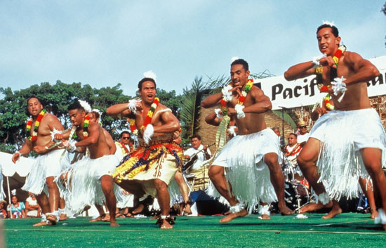 pacific islander festival dancers - Scenic Cycle Tours - San Diego Bike Tours